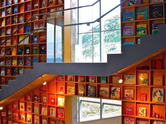 Tin được không, toà thư viện độc đáo lọt top 25 xịn nhất thế giới này thực chất là thư viện cho trường mầm non-4