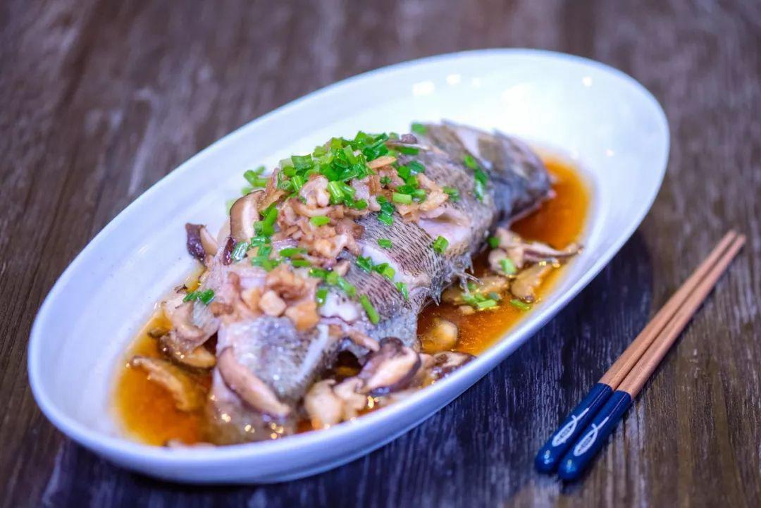 Mẹ chồng thích mê món cá hấp có mùi thịt gà, chị em phổng mũi vì được khen dâu đảm-8