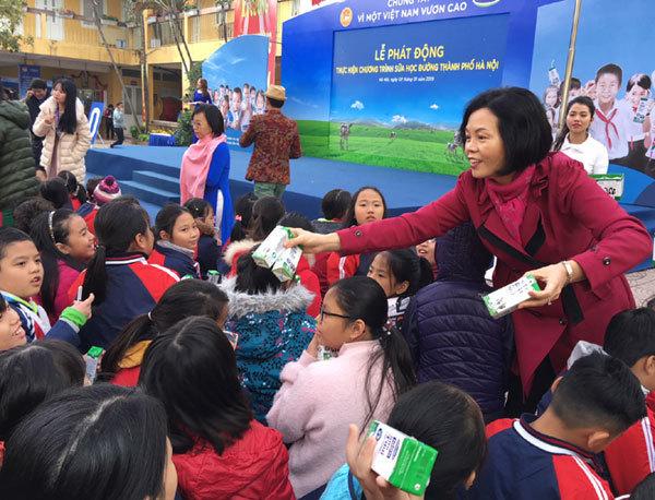 Chính thức triển khai chương trình Sữa học đường tại Hà Nội-4