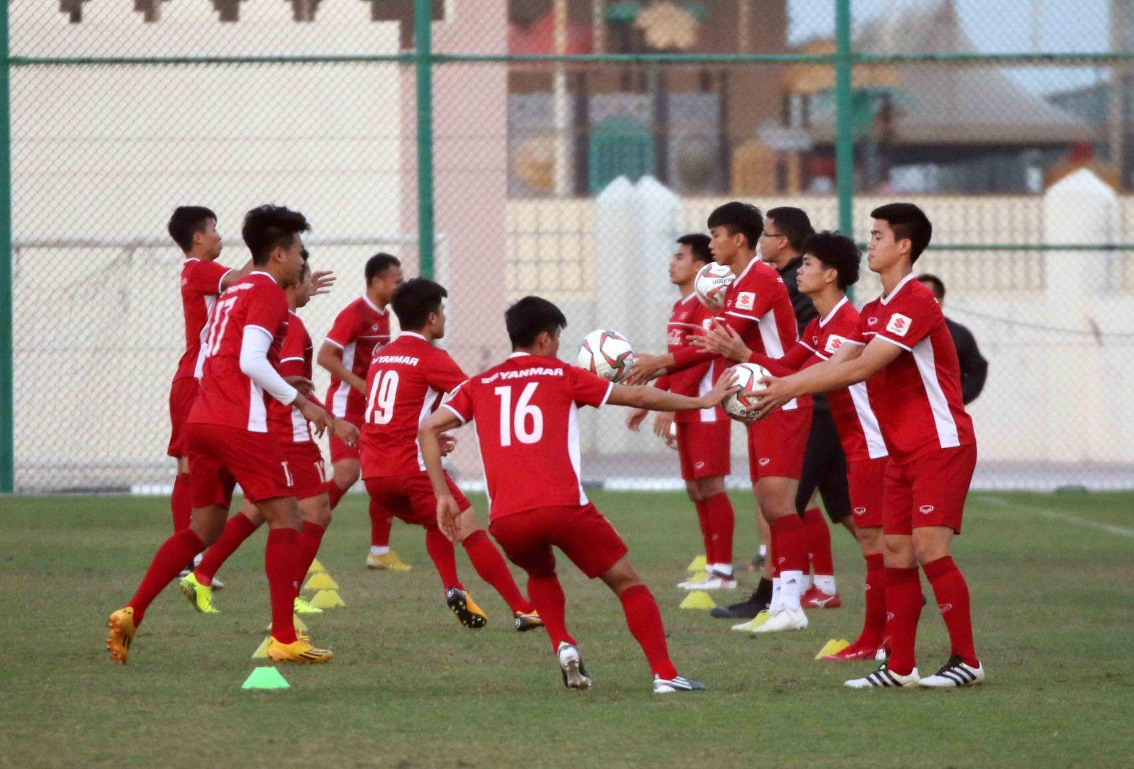 Thầy Park thở phào trước ngày sang UAE dự Asian Cup-3