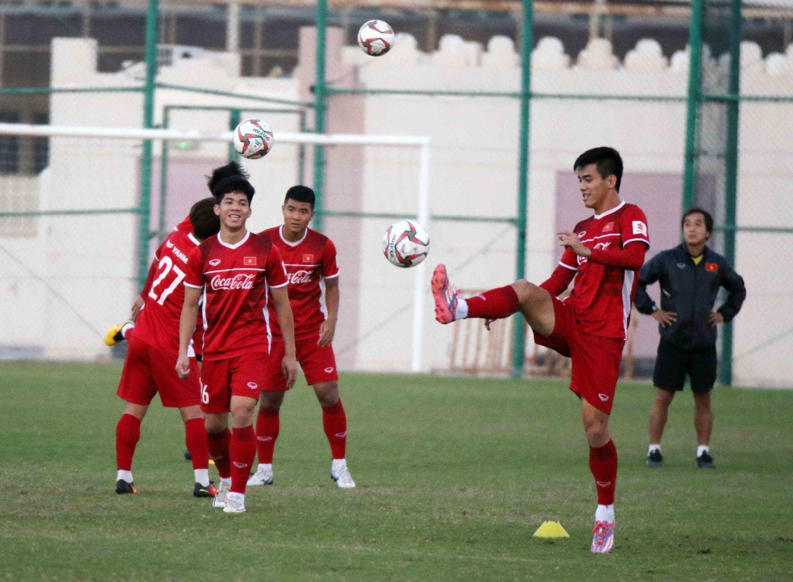Thầy Park thở phào trước ngày sang UAE dự Asian Cup-6