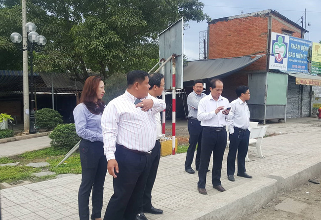 Một ngày sau tai nạn thảm khốc ở Long An: ám ảnh cho người ở lại, con đường xuống cấp nghiêm trọng-4
