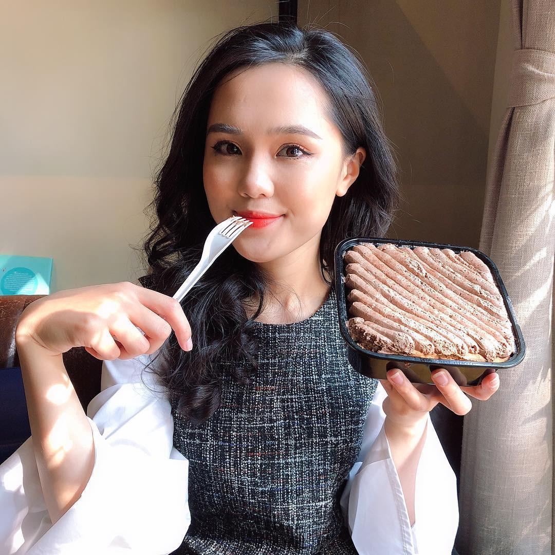 Tiếp bước bạn gái Quang Hải, người yêu Duy Mạnh cũng đang trở thành hot girl quảng cáo?-1