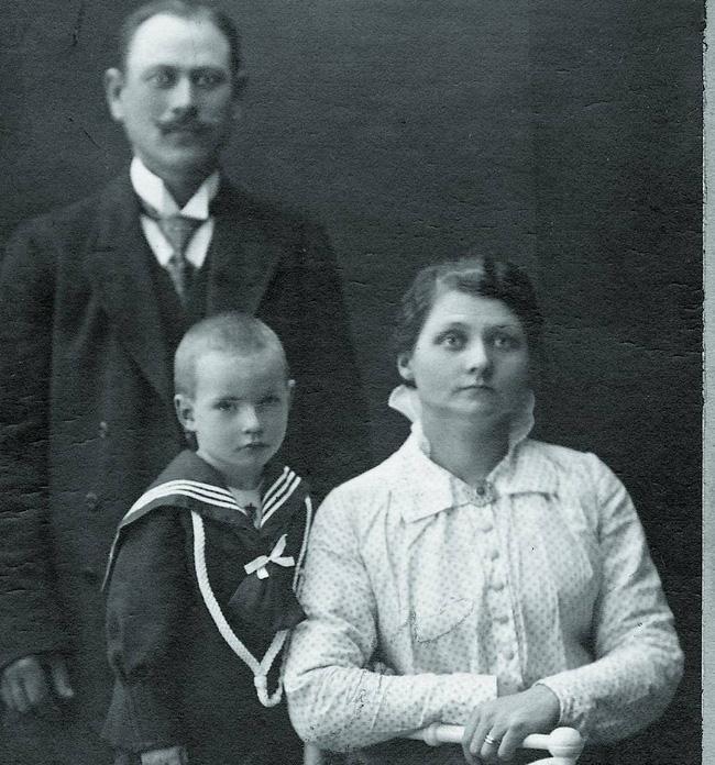 Bà mẹ nuôi tàn độc nhất lịch sử, giết hại 8 đứa trẻ sơ sinh vô tội và huyền thoại rợn người về thành cổ nổi tiếng Thụy Điển-1