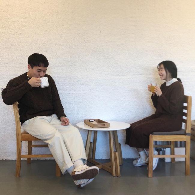 Thấy chồng giao du với gái hư, cứ vui vẻ vẫy chào, cấm đay nghiến - lời khuyên lạ khiến chị em giật mình-2