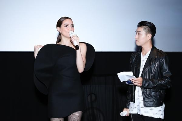 Hà Hồ mang cả Subeo và bạn trai Kim Lý vào MV kỹ xảo 3D-3