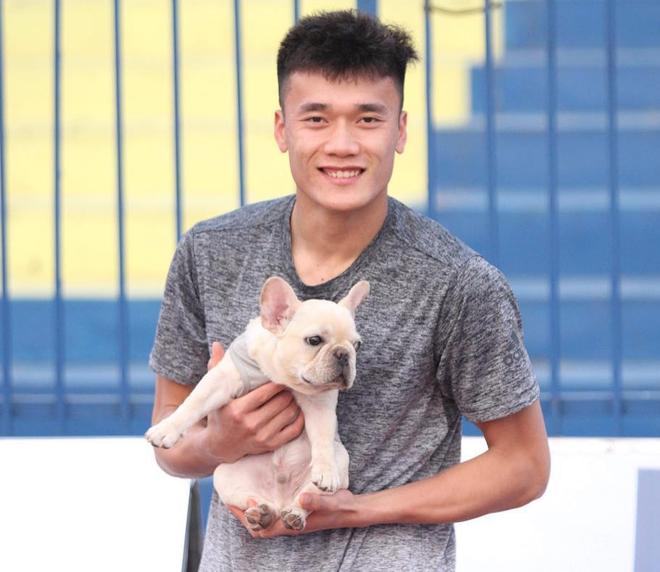 Cặp bạn thân Bùi Tiến Dũng - Hà Đức Chinh bỗng khẩu chiến trên MXH vì... một chú chó cưng-3