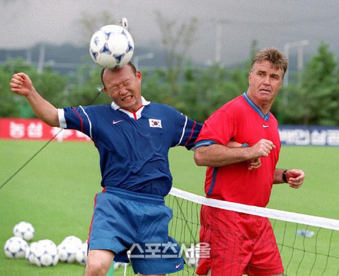 HLV Park Hang Seo bước sang tuổi 60: Từ sinh viên nghiên cứu thảo mộc đến huyền thoại bóng đá Việt Nam-7