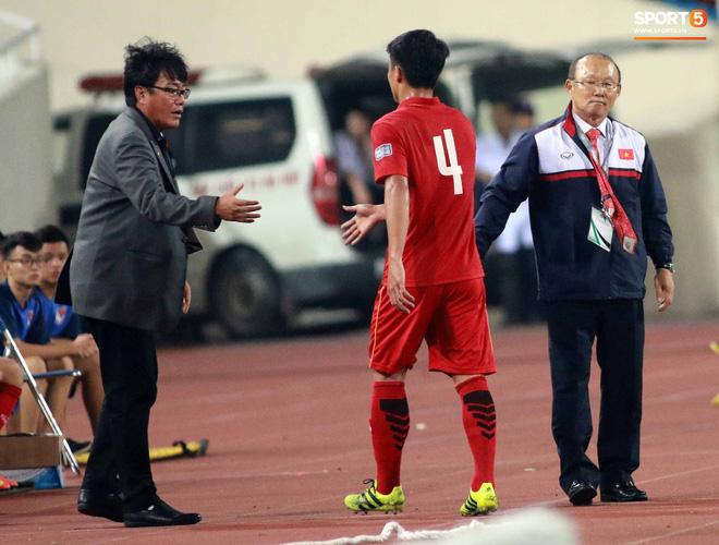 HLV Park Hang Seo bước sang tuổi 60: Từ sinh viên nghiên cứu thảo mộc đến huyền thoại bóng đá Việt Nam-14