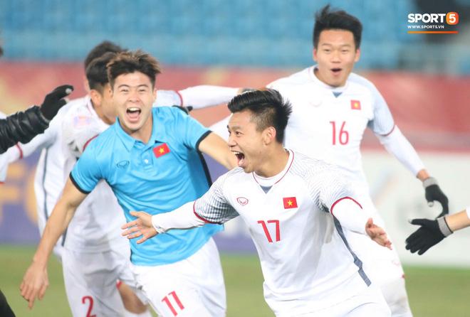 HLV Park Hang Seo bước sang tuổi 60: Từ sinh viên nghiên cứu thảo mộc đến huyền thoại bóng đá Việt Nam-21