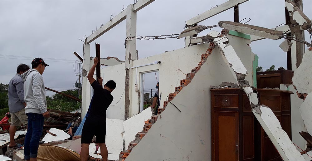 Bão số 1 áp sát miền Tây: Sập nhà, 1 người chết-1
