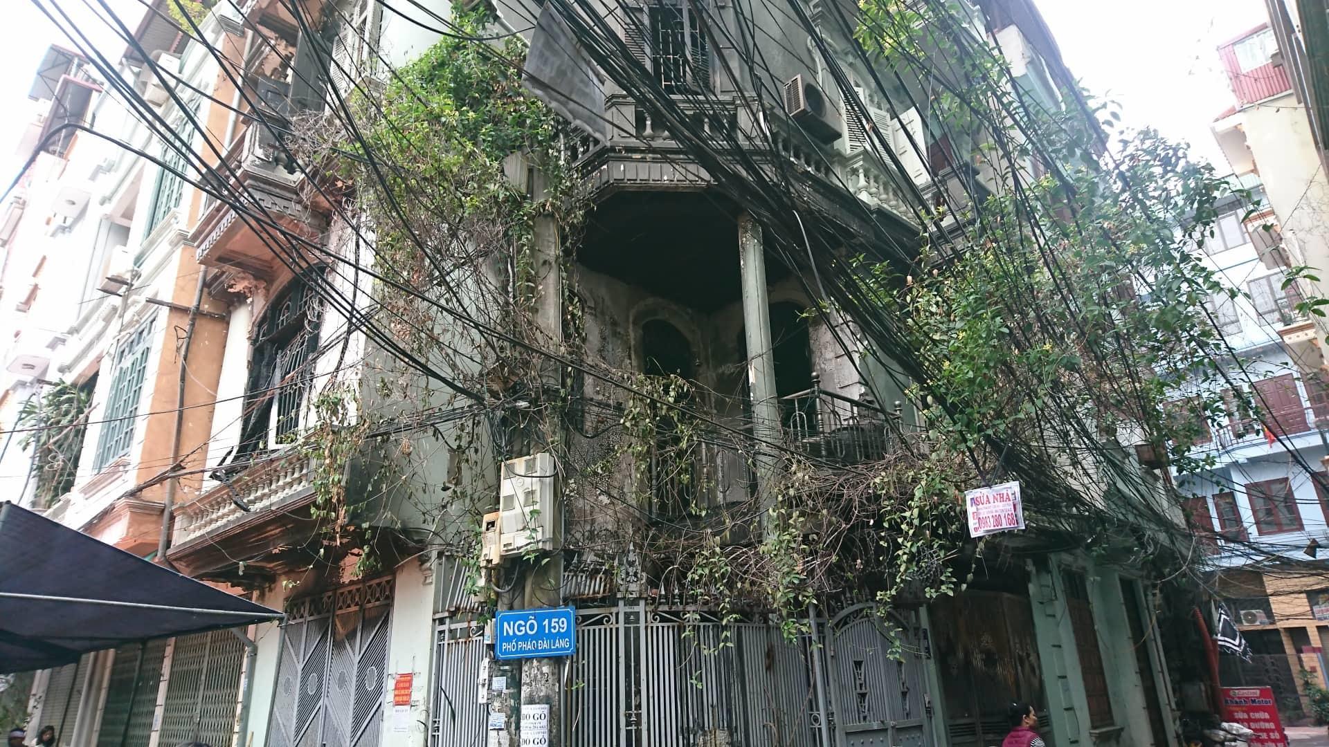 Hà Nội: Cháy nhà lúc rạng sáng, nhiều người nhập viện-6