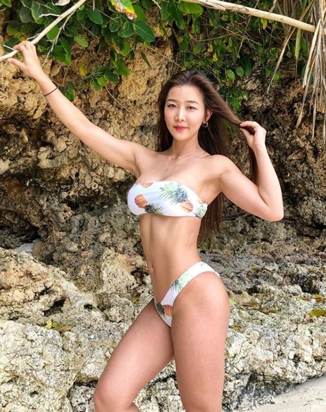 3 người đẹp Hàn Quốc sở hữu cơ bắp cuồn cuộn đàn ông cũng phải e dè-2