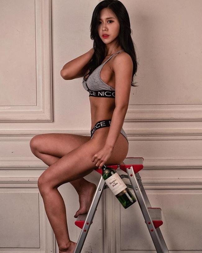 3 người đẹp Hàn Quốc sở hữu cơ bắp cuồn cuộn đàn ông cũng phải e dè-13