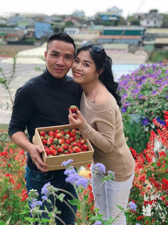 Vợ chồng MC Hoàng Linh tiếp tục khoe loạt ảnh tình tứ ở Đà Lạt-1