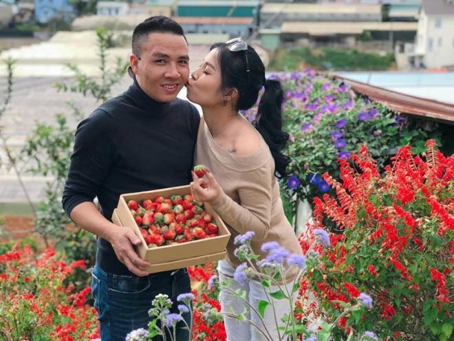 Vợ chồng MC Hoàng Linh tiếp tục khoe loạt ảnh tình tứ ở Đà Lạt-12