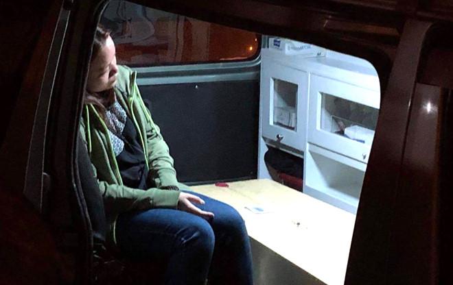 Người thân vật vã bên quan tài nạn nhân trong vụ đánh bom ở Ai Cập-2