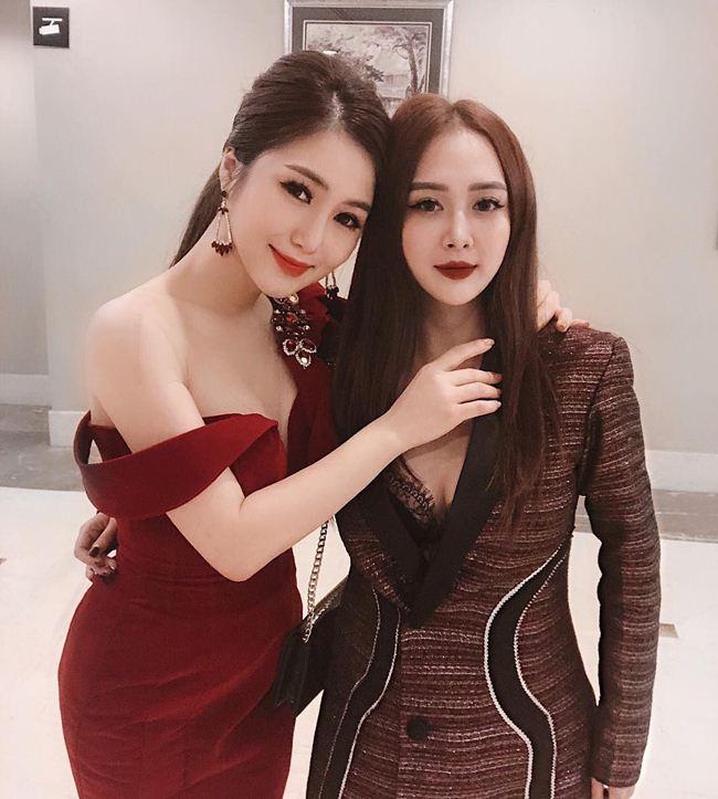 Em gái Hương Tràm cao mét rưỡi nhưng chân dài miên man, mặt xinh như búp bê-2