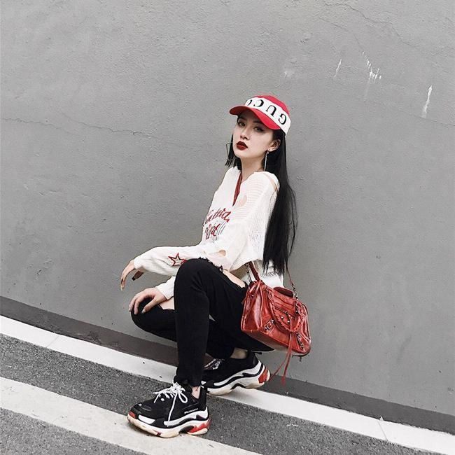 Em gái Hương Tràm cao mét rưỡi nhưng chân dài miên man, mặt xinh như búp bê-17
