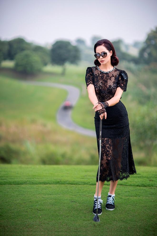 Thúy Hằng - Thúy Hạnh cổ điển và sang trọng khi hóa thân làm golf thủ-6