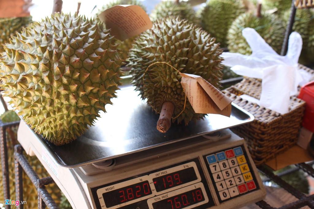 Sầu riêng 200.000 đồng/kg hoặc buffet 299.000 đồng/ người ở Sài Gòn-2