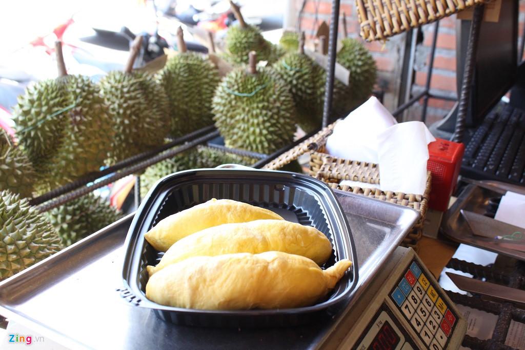 Sầu riêng 200.000 đồng/kg hoặc buffet 299.000 đồng/ người ở Sài Gòn-3