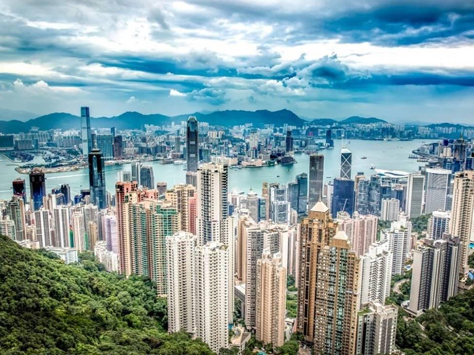 Tài sản chất đống, giới siêu giàu vung tiền ăn chơi ra sao ở Hong Kong hoa lệ?-1