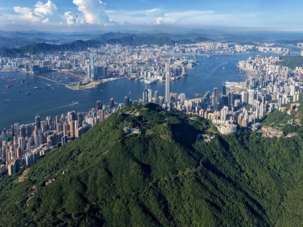 Tài sản chất đống, giới siêu giàu vung tiền ăn chơi ra sao ở Hong Kong hoa lệ?-9