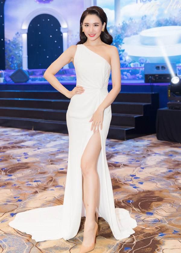 Thoát mác mỹ nhân nhạt nhoà, Hari Won trở thành Nữ hoàng thảm đỏ năm 2018-1