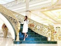 Phô bày cuộc sống giàu sang đến Hà Tăng cũng phải