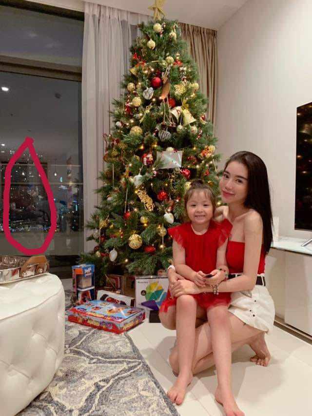 Elly Trần quay clip con gái nói chuyện, không ngờ Cadie vô tư để lộ về bố trong clip-3