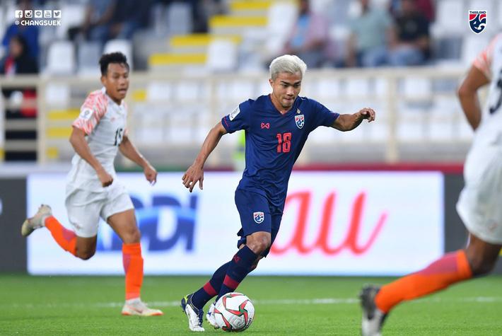 Đại bại trước Ấn Độ, Thái Lan đối diện nguy cơ lớn bị loại từ vòng bảng Asian Cup-1
