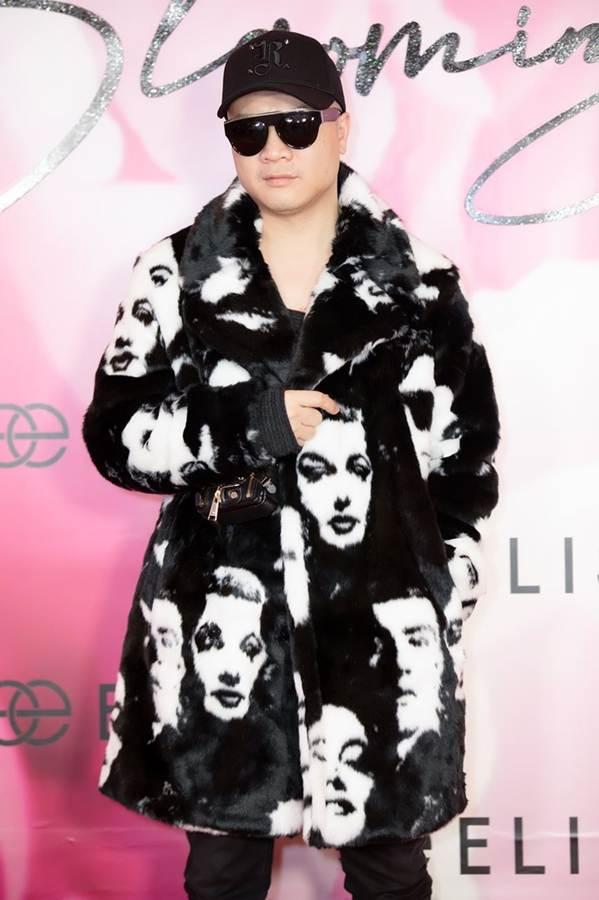 Hoa hậu Đặng Thu Thảo đẹp không tì vết với sắc hồng pastel-15