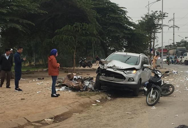 Nam thanh niên 9X lái ô tô gây tai nạn liên hoàn khiến đôi vợ chồng tử vong ra công an trình diện-3