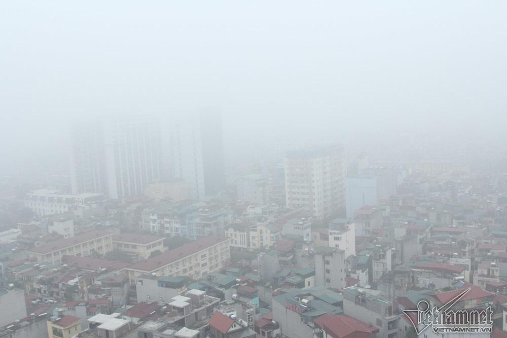 Hà Nội đặc quánh sương mù, cao ốc mất hút-1