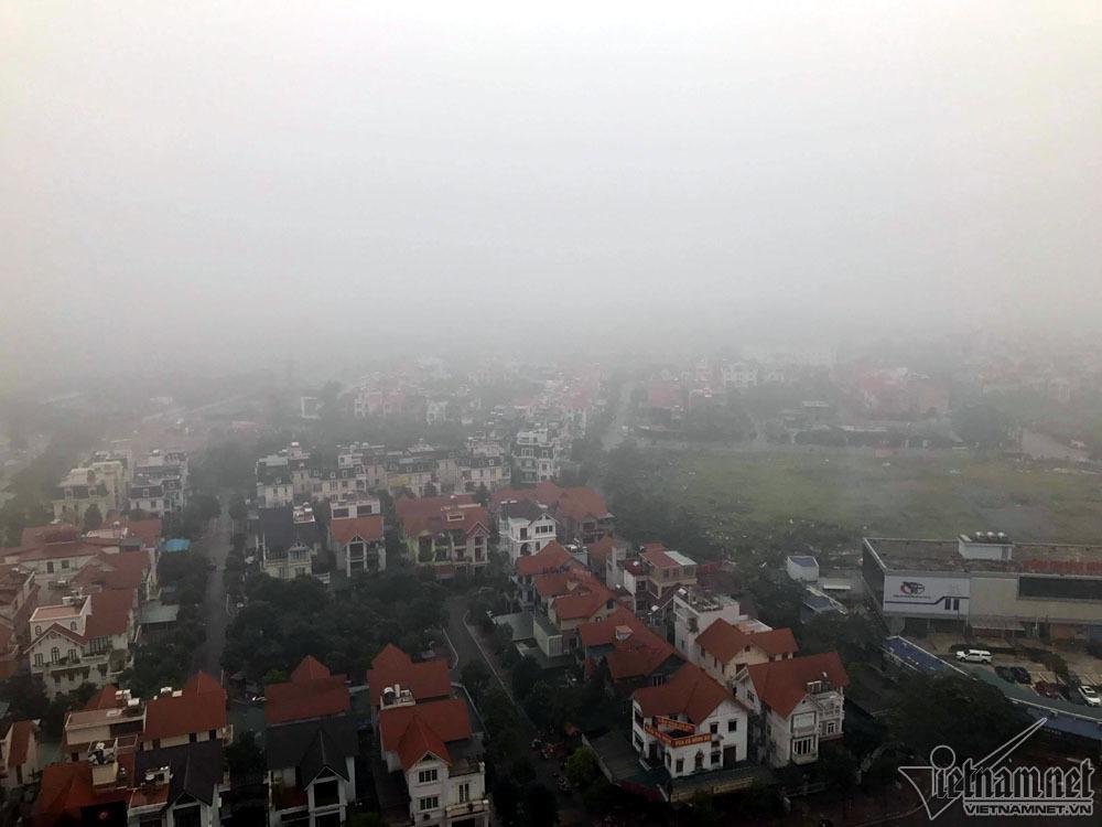 Hà Nội đặc quánh sương mù, cao ốc mất hút-4