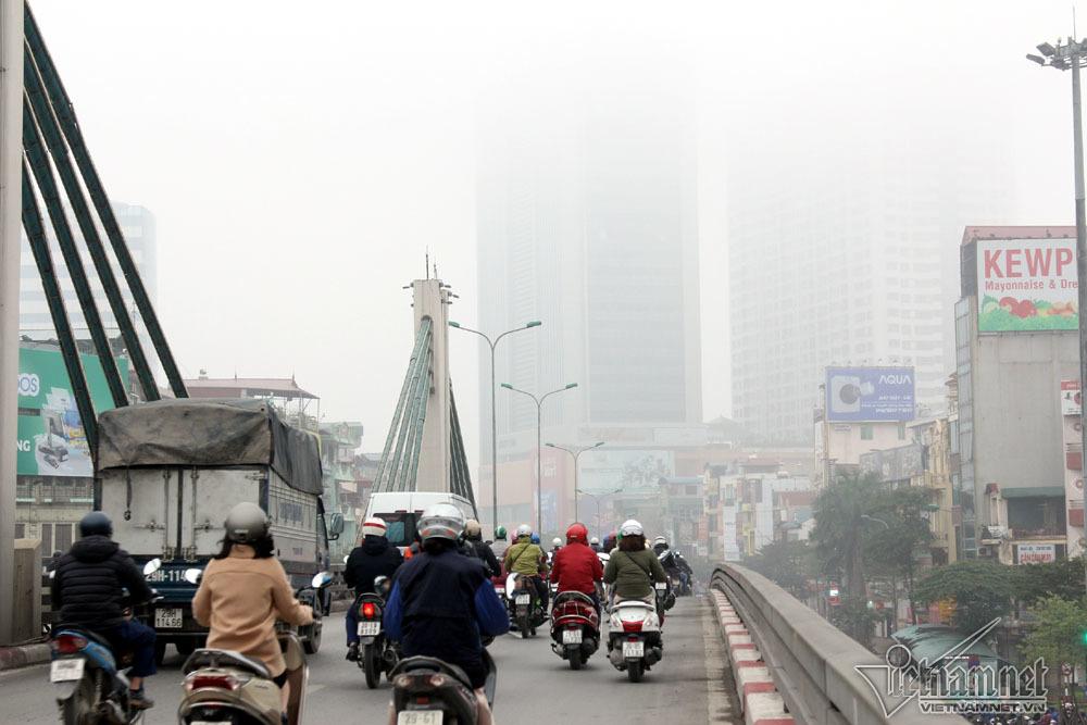 Hà Nội đặc quánh sương mù, cao ốc mất hút-10