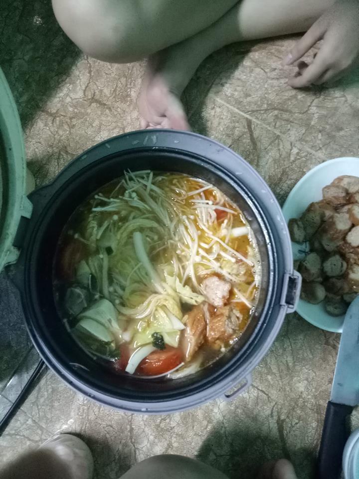 """Tuyệt chiêu nấu cơm sinh viên bá đạo"""", dân tình thốt lên: Học làm gì, đi làm bếp trưởng ngay""""-9"""