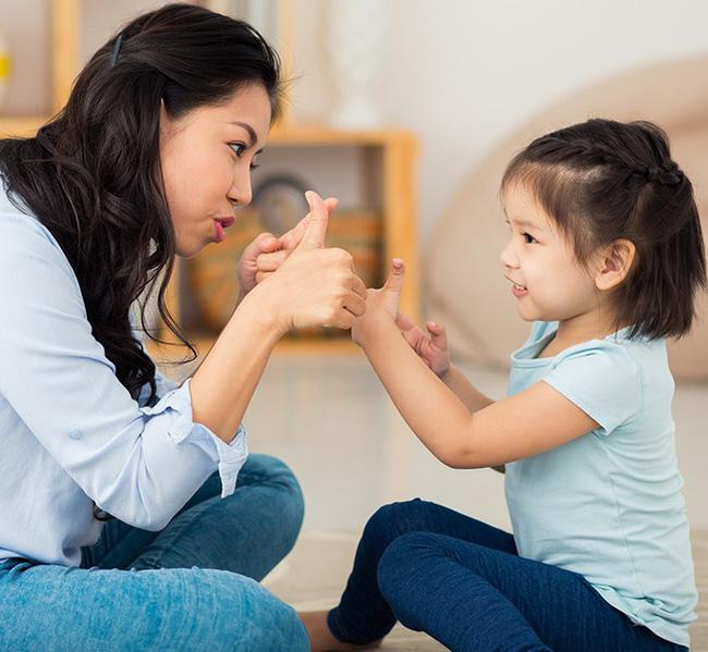 Chuyên gia Đại học Harvard chia sẻ 7 bài học giúp cha mẹ dạy con lòng nhân ái, biết suy nghĩ thấu tình đạt lý-4