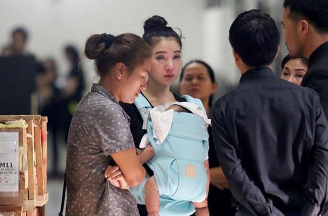 Đời sóng gió của mỹ nhân Thái: 20 tuổi phát hiện bí mật động trời về thân thế, một mình nuôi con-8