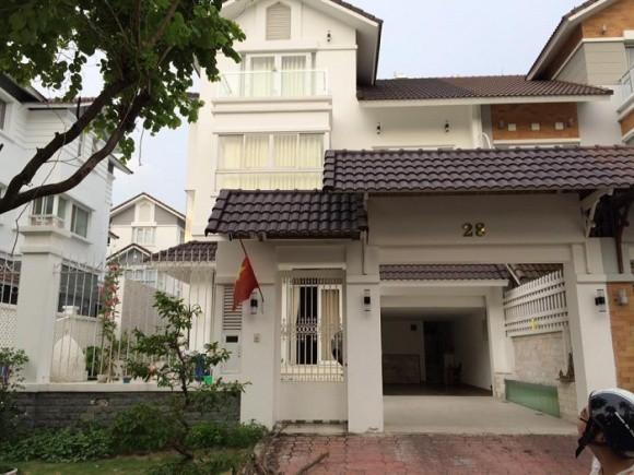 Biệt thự xa hoa như cung điện của các mỹ nhân Việt-15