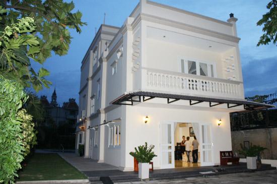 Biệt thự xa hoa như cung điện của các mỹ nhân Việt-12