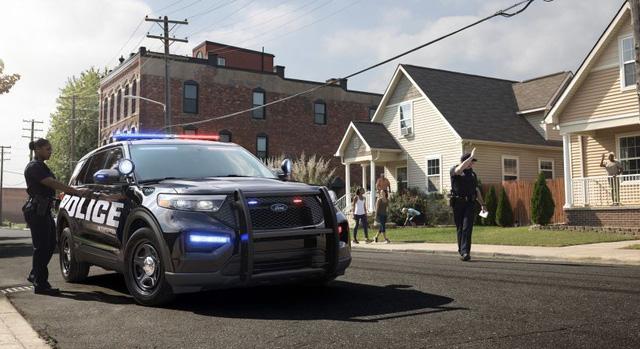 Xe cảnh sát Mỹ - Bản sao của Ford Explorer thế hệ mới-1