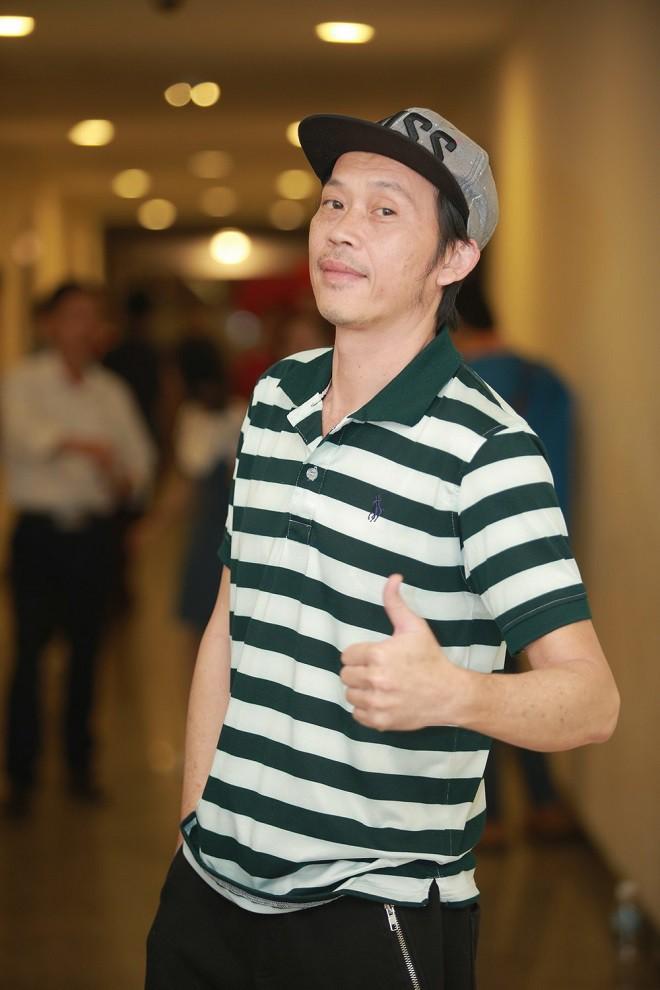 Long Nhật: Hoài Linh gặp tôi là cho tiền, lúc 5 triệu lúc 10 triệu-3