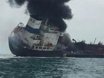 Tàu chở dầu treo cờ Việt Nam bốc cháy dữ dội ngoài khơi Hong Kong, có người thiệt mạng