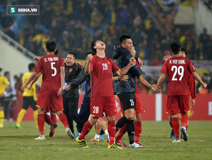 Thái Lan ngã sấp mặt, thầy trò HLV Park Hang Seo nên mừng vui hay lo lắng?-2