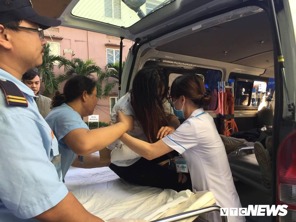 Xe khách chở hơn 20 sinh viên, giảng viên lao xuống vực ở đèo Hải Vân: Danh tính 10 người thương vong-3