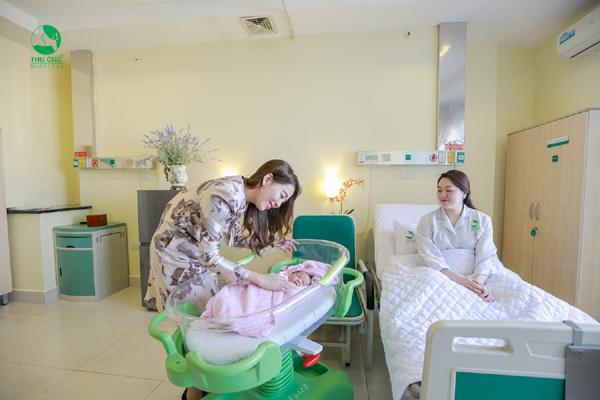 Diệp Chi giúp em gái chọn dịch vụ sinh nở cực chất-5