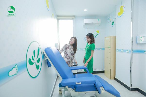 Diệp Chi giúp em gái chọn dịch vụ sinh nở cực chất-1