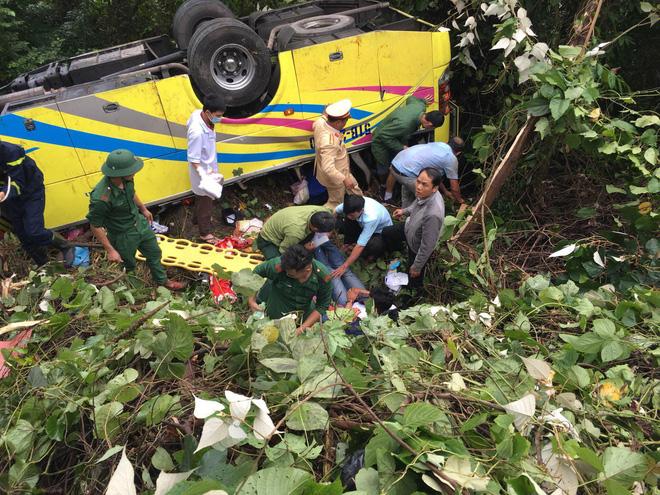 Tài xế vụ xe khách rơi xuống vực khiến 1 nữ sinh tử vong khai do xe mất thắng-1